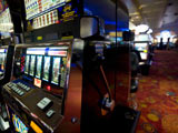<p>The best things about online slots is that you can play them any time you want but you are to be careful with software choice.</p>